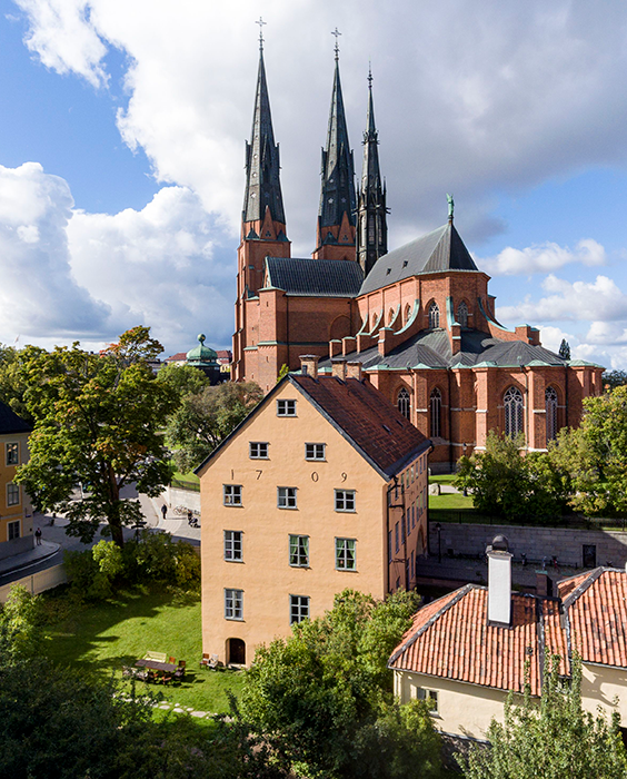 Aerial photo of Skytteanum and Uppsala Cathedral