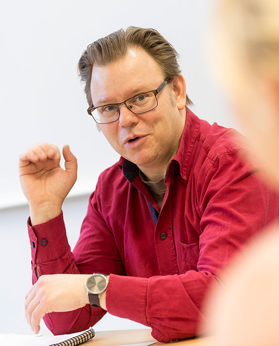 Mattias Sigfridsson during a seminar